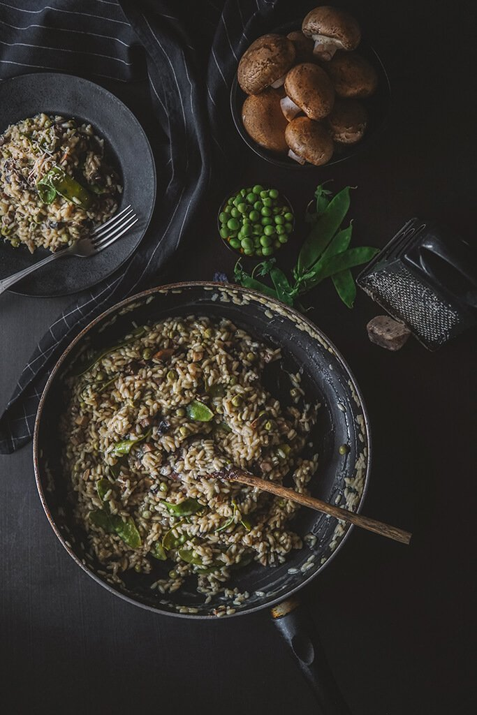 RISOTTO WITH MUSHROOMS AND SNOW PEAS